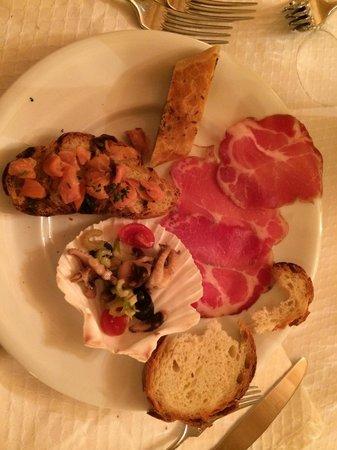 Masseria Marangiulo: Antipastino delizioso