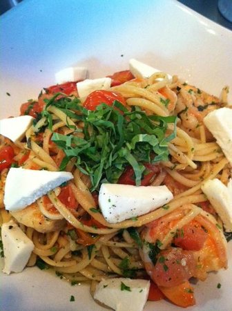 23rd & Main Taproom & Kitchen: Linguine, olive oil, garlic, basil, grape tomato, with pine nuts & fresh mozzarella
