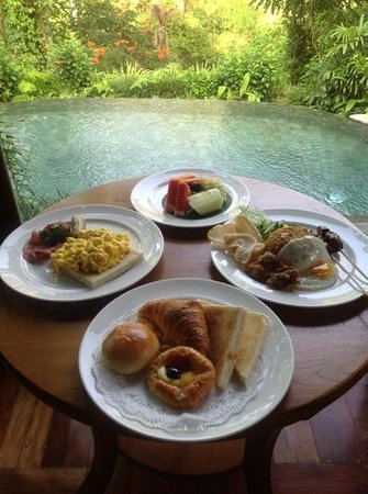 The Royal Pita Maha: breakfast in the room