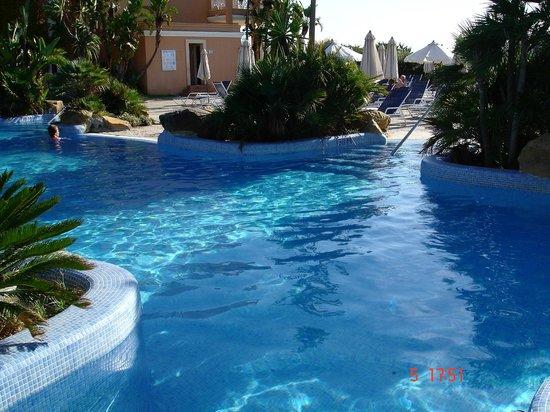 Hotel Barrosa Park: piscina