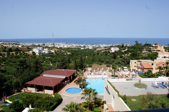 Asterias Village Resort: View of hotel from balcony