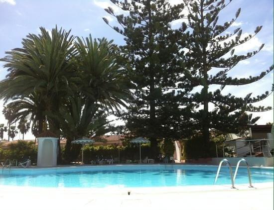 Bungalows Parque Paraiso I: zwembad