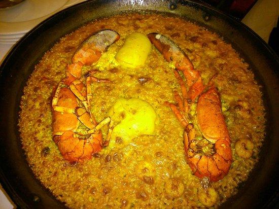 L'Albufera Restaurante: Paella L'Albufera con bogavante y sepia