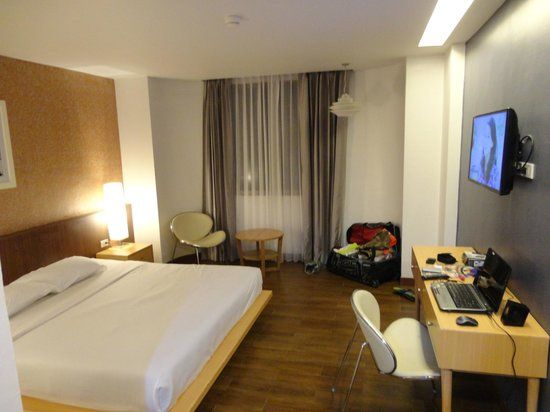 Flipper Lodge Hotel : This room is AWESOME !!!!!