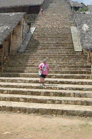 Ek Balam Mayan Ruins : Are you afraid of heights? I am