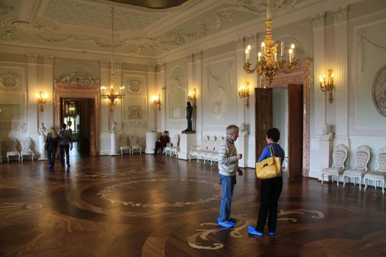 Andrey Vereshhagin- Private Guide in St. Petersburg: Interior of Gatchina Palace