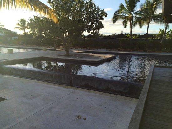 Hilton Fiji Beach Resort & Spa: Other pool area