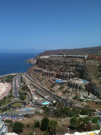 Hotel Nido del Aguila: View of Amadores from the hill that the hotel it situated on