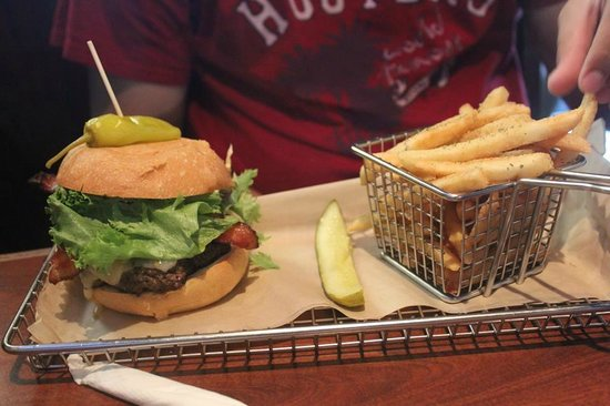 Hops Burger Bar: yummy burgers