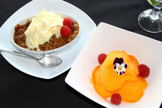 West Coast Wilderness Lodge : delightful and tasty desserts