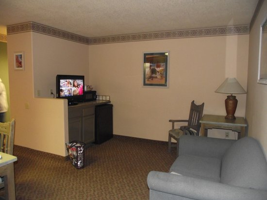 Sagebrush Inn & Suites: Our Suite