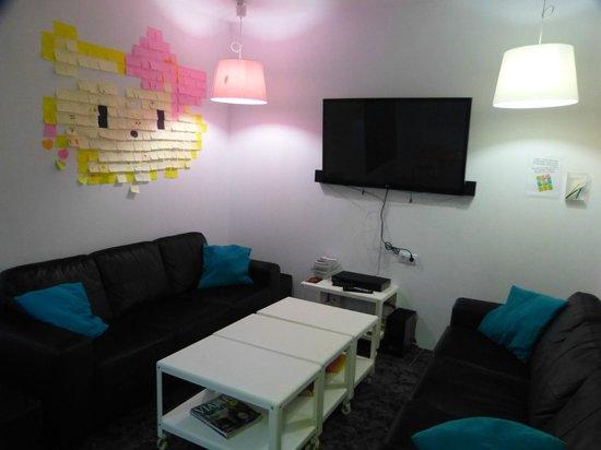 Barbieri Granada Hostel: Espacio común