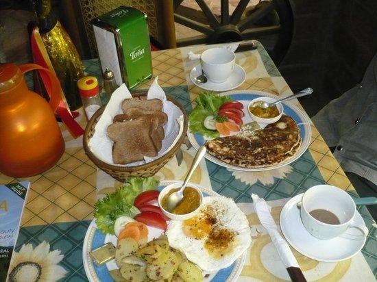 Charly's Bar & Restaurant : Swabian breakfast
