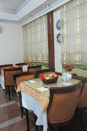 Hotel Emek : Место для завтрака