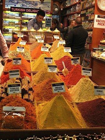 Egyptian Bazaar : Beautiful arrangements