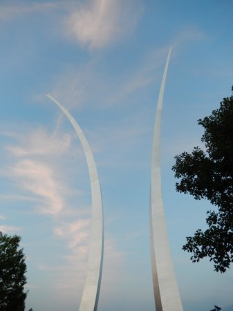 Arcs at the Air Force Memorial