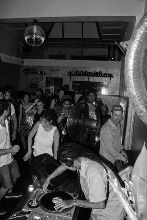 Verona Cafe: late night gigs