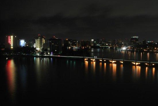 Caribe Hilton San Juan: View from Villas towards Condado and Bay