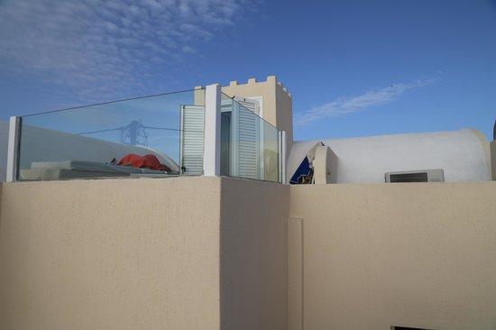 Reverie Santorini Hotel: Solarium della nostra suite