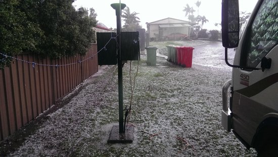 Brisbane Holiday Village: Bloody Hail