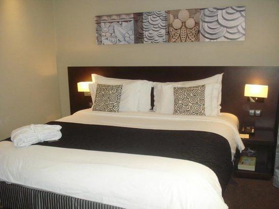 Mövenpick Hotel Casablanca : Un grand lit qui donne envie de passer une très bonne nuit !