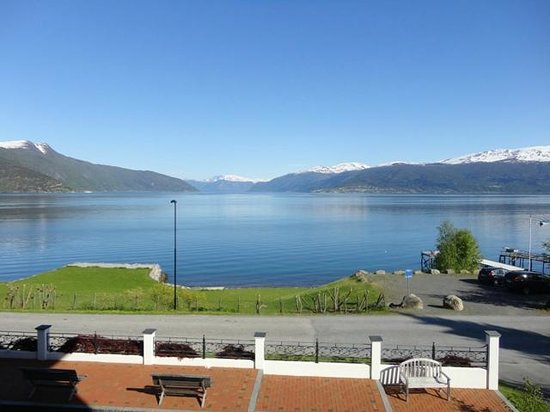 Balestrand Hotel: Room 208 View