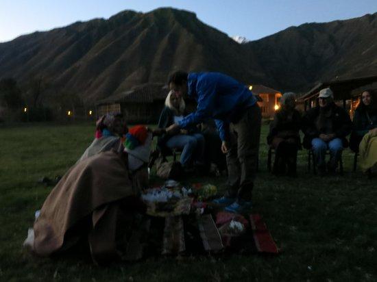 Hotel La Casona De Yucay Valle Sagrado : Qero Chamans in Pago Ceremony