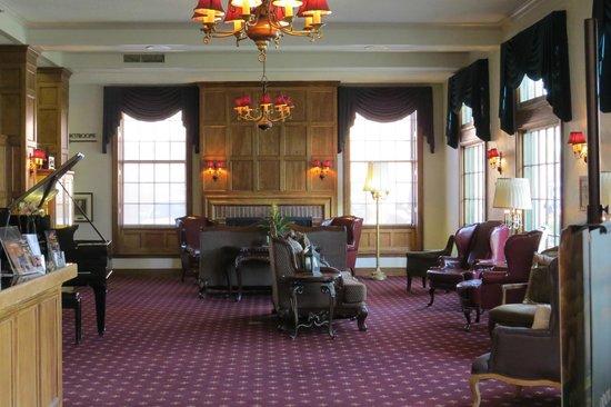 Boulder Dam Hotel: Inside Lobby
