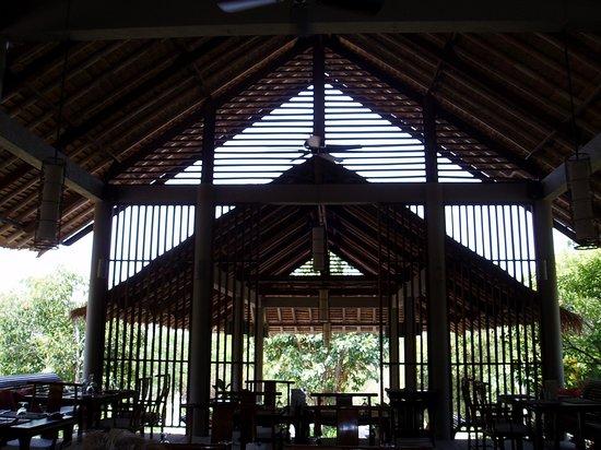 GUTI Resort by AKA: Restaurant