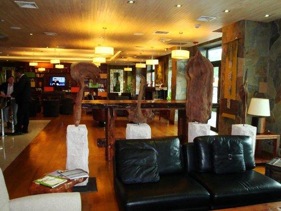 Hotel Manquehue Puerto Montt: Salon de estar