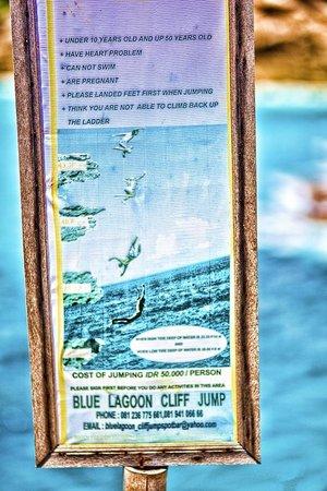 Devil's Tears - Cliff Jumping - Dream Beach - Lembongan - Bali - Indonesia - Wandervibes - jumpi