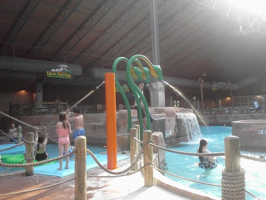 Split Rock Resort Indoor Waterpark: Split Rock Water Park