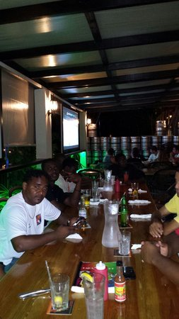 Danny's Express: Bahamas rugby dinning at Danny's