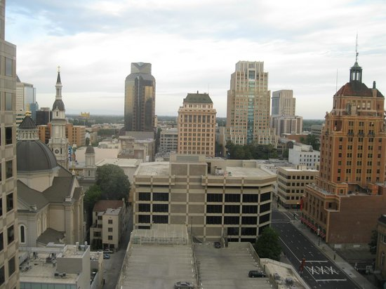Sheraton Grand Sacramento Hotel: View from room