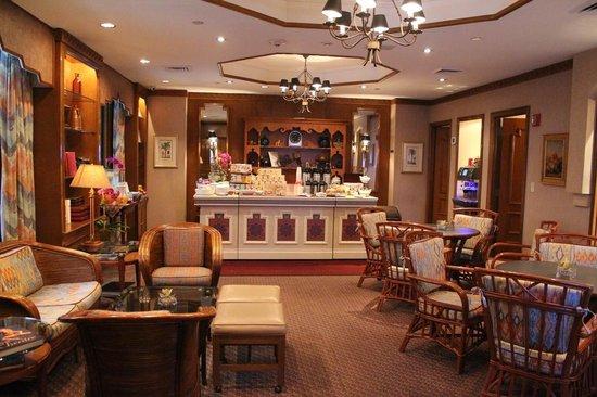 Casablanca Hotel by Library Hotel Collection: Lugar desayuno