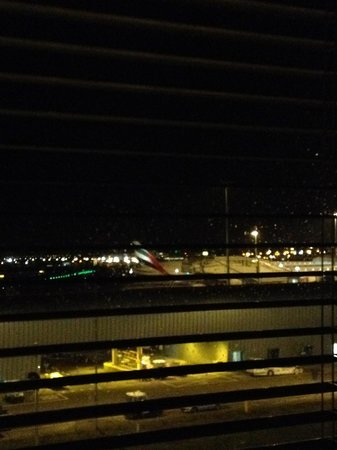 citizenM Schiphol Airport: night view at the airport