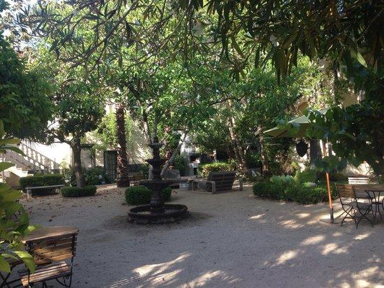 Bungalows 313: courtyard bungalow 313