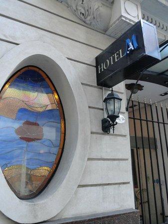 Marseille des Anges Hotel : Entrada do Hotel.