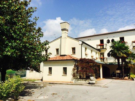 Hotel Antico Mulino: FRONT ELEVATION