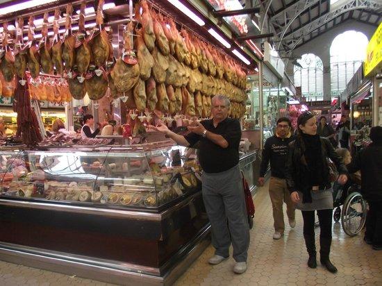 Casco Antiguo: Gastronomia do Mercado - Embutidos e o famoso Pata Negra