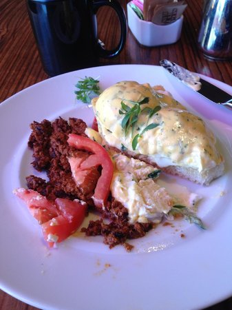 The Saguaro Scottsdale: Eggs Benedict