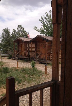 Escalante Outfitters, Inc -- The Bunkhouse: The little cabins: cozy and affordable and CLEAN