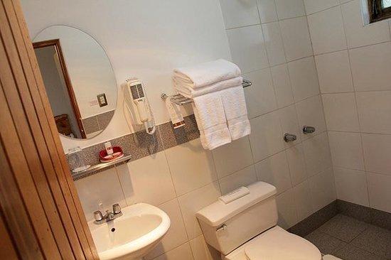 Casa Andina Standard Colca: Bathroom