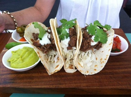 Sea Circus: Pulled pork soft tortilla Tacos - Unbelievable!!