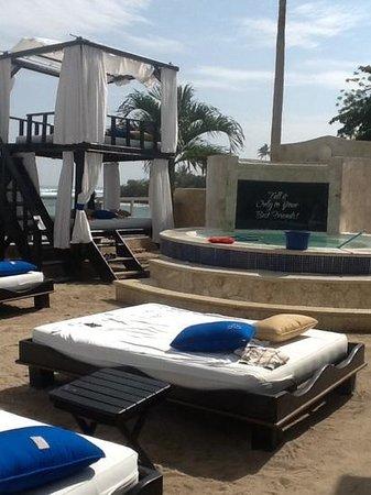 The Crown Villas at Lifestyle Holidays Vacation Resort: vip beach.