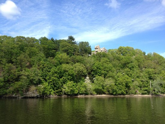 Essex Steam Train and Riverboat: Gillette Castle