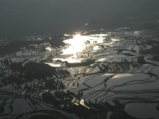 Yuanyang Pengtian: 日の出後