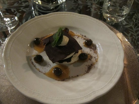 Villa Campestri Olive Oil Resort: Somehow there was still room for dessert
