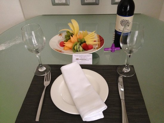 Paradisus Punta Cana Resort: Wonderful Room Service Andres