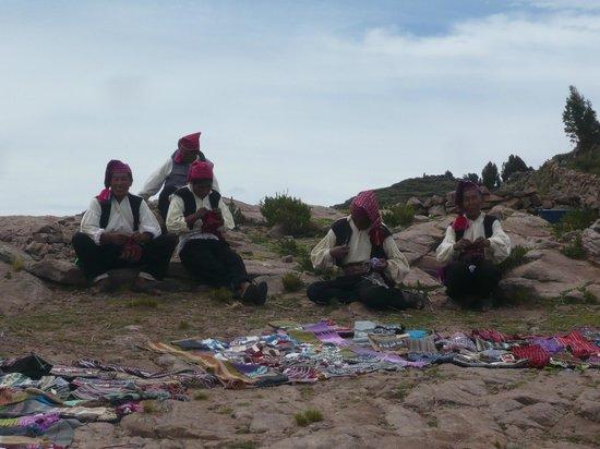 Titilaka: The knitting gentlemen on Taquile Island